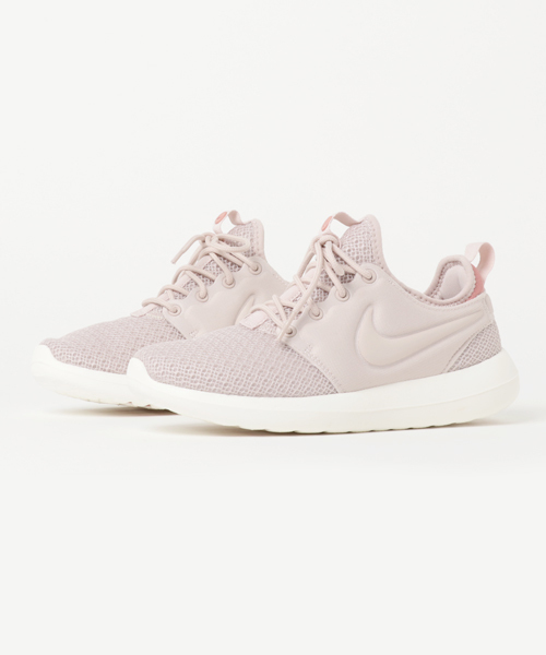 new concept 709a5 a8e37 NIKE(ナイキ)の「NIKE W ROSHE TWO (SILT RED/SILT RED-RED ...