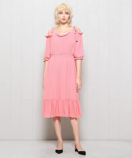 <BAUM UND PFERDGARTEN>CRP OFF SHOULDER RIBBON DRESS/ドレス