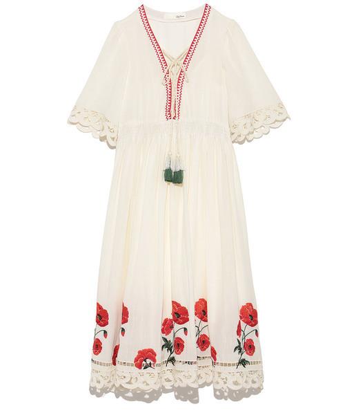 48659037ca0c1 Lily Brown(リリー ブラウン)の「フラワー刺繍ワンピース(ワンピース)」 - WEAR