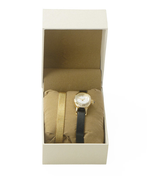 78d4777f5d cachenez(カシュネ)の「カシュネ cachenez / シンプルチェンジベルト時計(腕時計)」 - WEAR