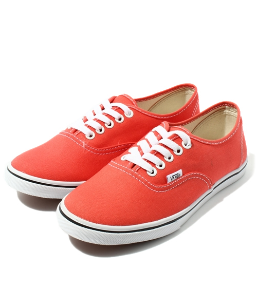 0097d3843f VANS(バンズ)の「VANS AUTHENTIC LO PRO   Hot Coral True White ...