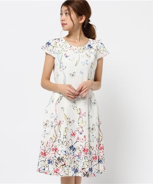 66432a90f3e79 Rose Tiara(ローズティアラ)の「二重織バタフライプリントワンピース(ドレス)」 - WEAR