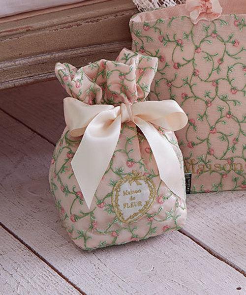 ・ストロベリー刺繍ティッシュケース/ メゾン フルール ド (Maison de FLEUR)