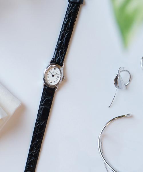 f2c01bf23de4 JUPITER(ジュピター)の「silver radiationウォッチ(ブラックレザークロコ型押し)(腕時計)」 - WEAR
