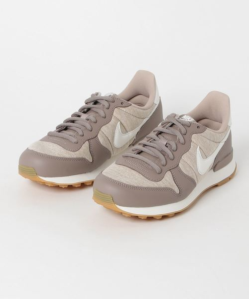 NIKE(ナイキ)の「NIKE WMNS INTERNATIONALIST (SEPIA STONE