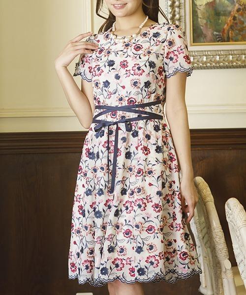 f34af59dfb2f9 Rose Tiara(ローズティアラ)の「シフォンフラワー刺繍ウエストリボンワンピース(ドレス)」 - WEAR