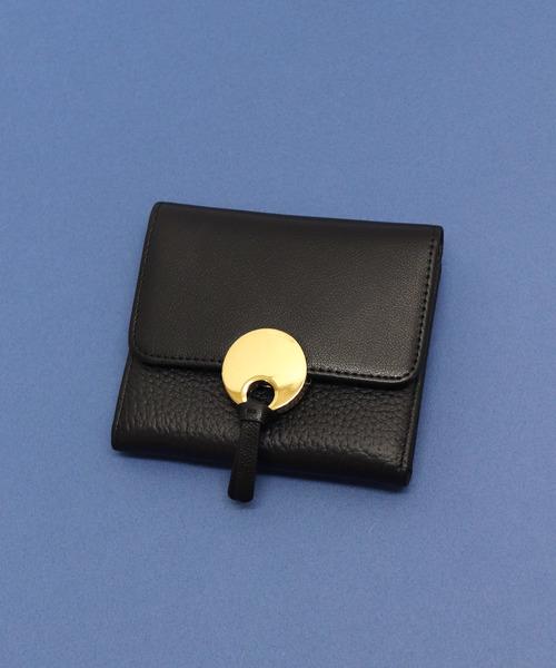 1784e98e9132 florist(フローリスト)の「【牛革】メタル円プレート二つ折りミニ財布(財布)」 - WEAR