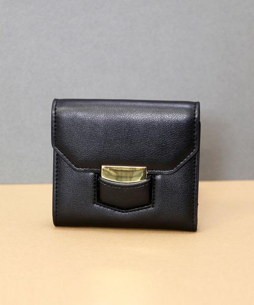 e5b71f703d6c florist(フローリスト)の「【牛革】ヘキサゴンフラップ二つ折り財布(財布)」 - WEAR
