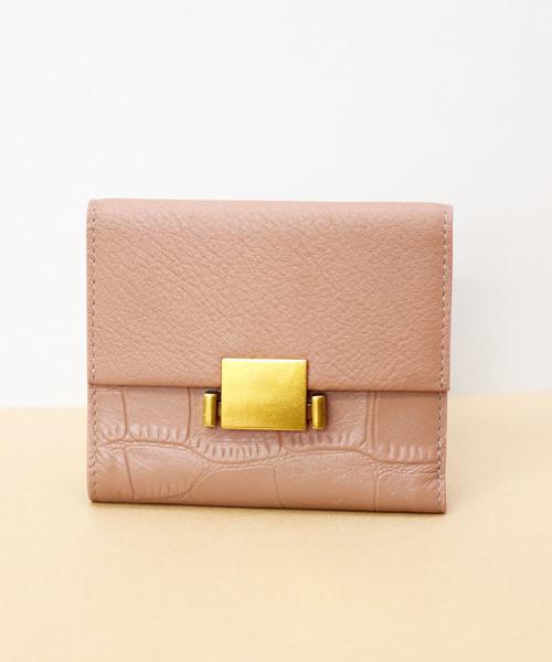 329ab1adb922 florist(フローリスト)の「【牛革】スクエアプレート異素材二つ折り財布(財布)」 - WEAR