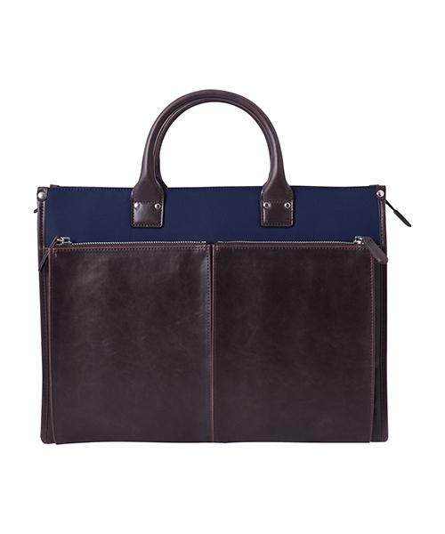礼服の着こなしのルール7:【バッグ】黒いブリーフケースやクラッチバッグがおすすめ