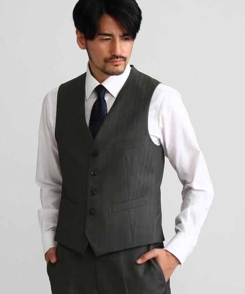 スーツでベストを着た時の留め方3種|シーン別着こなし方