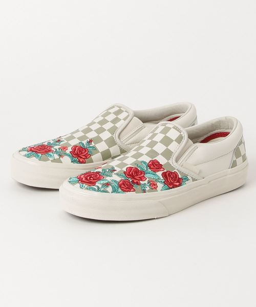 78601619a85 VANS(バンズ)の「VANS ヴァンズ CLASSIC SLIP-ON DX クラシックスリッポンDX VN0A38F8QF9 (ROSE  EMBROIDERY) MARSHMALLOW TURTLEDOVE(スニーカー)」 - WEAR