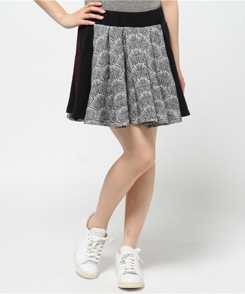 5d71a74426 adidas(アディダス)の「オリジナルス スカート[SHELL PLEAT SKIRT]【SHELL TILE PACK】(スカート)」 - WEAR