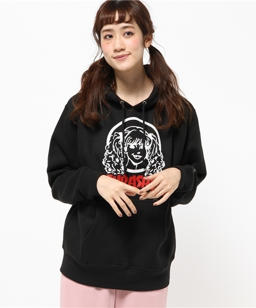 236fa29e8976 CHAPTER WORLD PREMIUM(チャプターワールドプレミアム)の「THRASHER × CHAPTER × AYMMY   AYMMY  FACE PULLOVER SP (パーカー)」 - WEAR