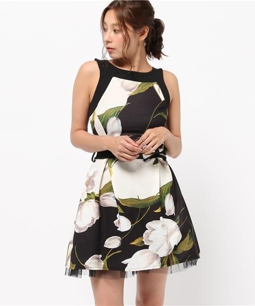 58c054e656f54 Narcissus(ナルシス)の「 TEDDY フローラルドレス(ドレス)」 - WEAR