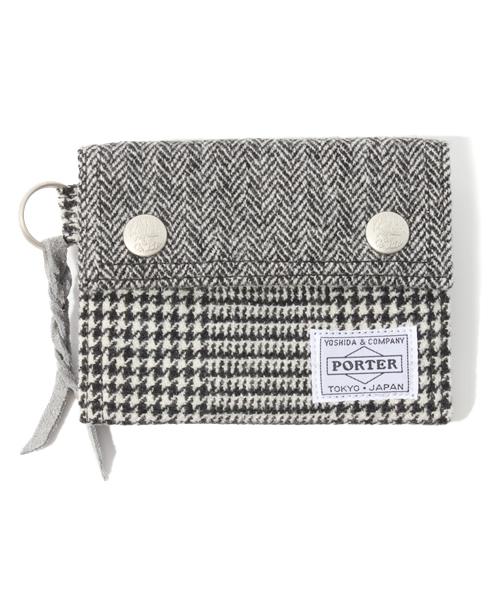 essential designs エッセンシャル デザインズ の 3 fold wallet