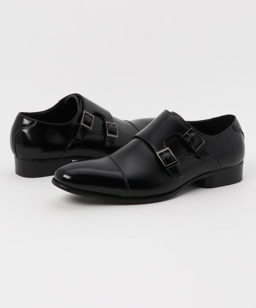 メンズのオフィスカジュアルの原則4:黒の革靴を一足揃えておこう