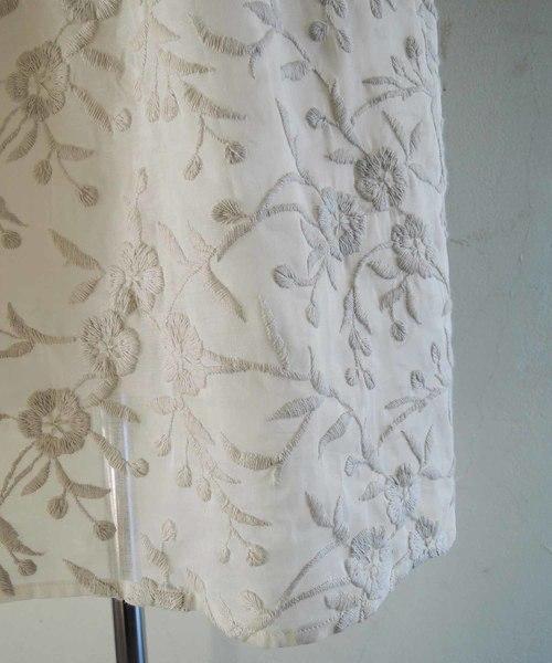 オーガンジー刺繍ワンピース