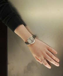 ete(エテ)のボーイフレンドウォッチ シルバー ホワイト ×エンボスグレー(腕時計)