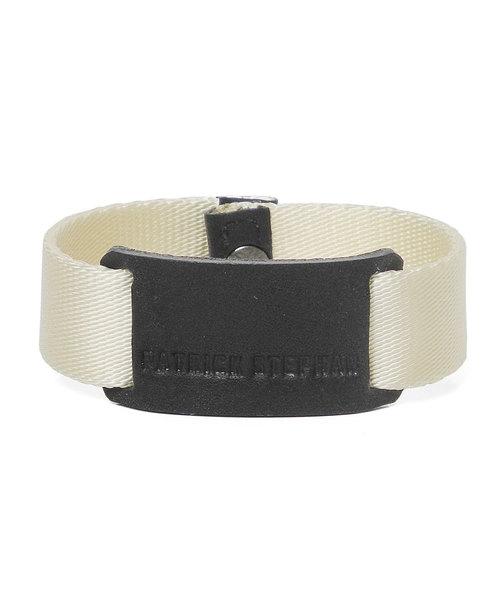 PATRICK STEPHAN(パトリックステファン)の「Bracelet 'tag' ブレスレット(ブレスレット)」|アイボリー