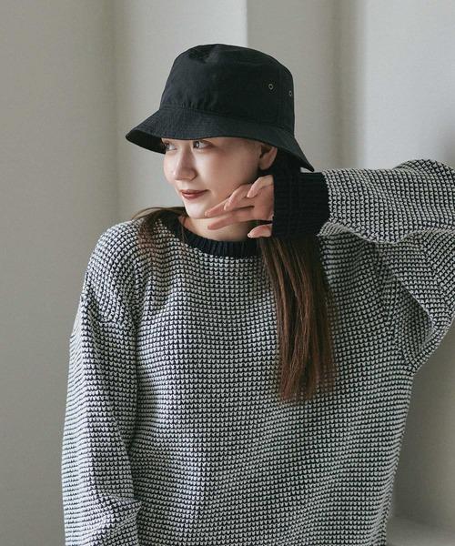 "mimi toujours(ミミトゥジュール)の「バケット ハット ""T""刺繍入り Airi Kato Tina×mimi toujours(ハット)」|ブラック"