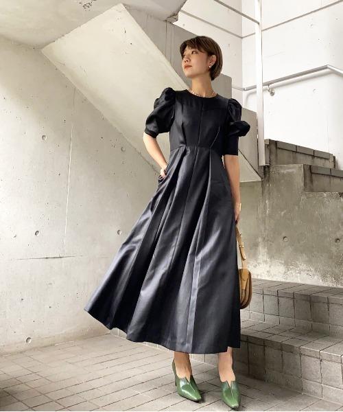 AMERI(アメリ)の「PUFF SLEEVE FLARED DRESS(ワンピース)」|ブラック