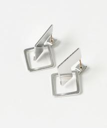 petitcro(プティクロ)のデザインピアス square(ピアス(両耳用))