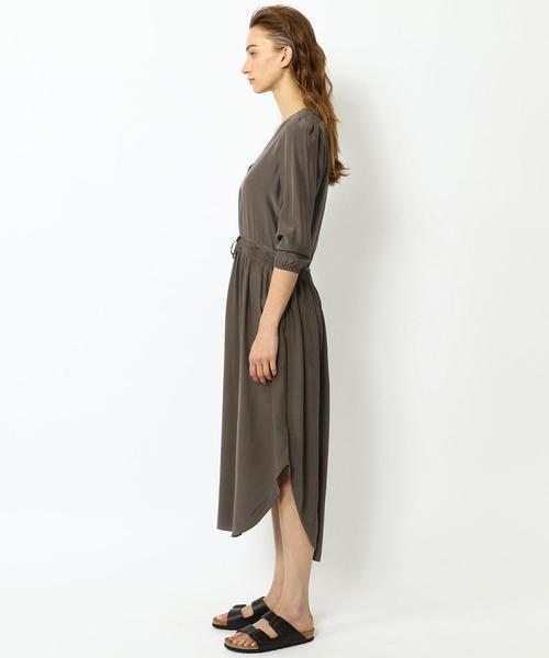 シルクシャルムーズ Vネックドレス WFSC6433