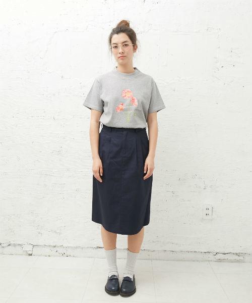 [L&HARMONY / エルアンドハーモニー] Asami Hattori フラワープリントTシャツ 'Poppy'