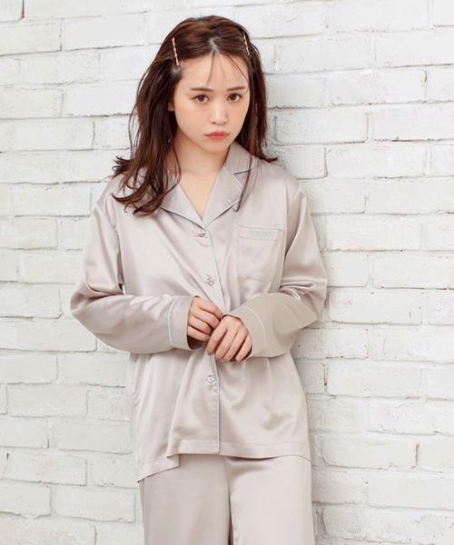 REVEYU(レブユー)の「REVEYU Satin pajamas shirt(ルームウェア/パジャマ)」 杢グレー