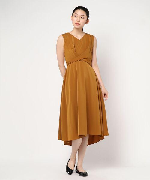 Dorry Doll(ドリードール)の「ノースリーブバックプリーツスカート ミモレ丈ワンピースドレス Luxe brille(ドレス)」|マスタード