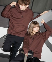 【BASQUE -enthusiastic design-】FILA/フィラ BASQUE magenta 別注 ロゴ刺繍オーバーサイズ プルオーバーパーカーブラウン