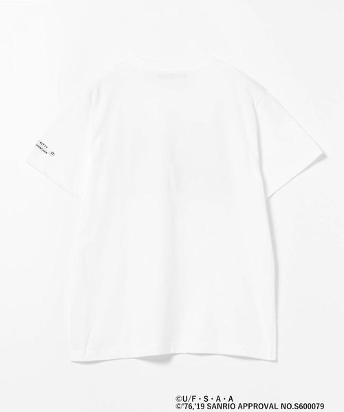 ハローキティ × クレヨンしんちゃん / Street Stickers Tシャツ