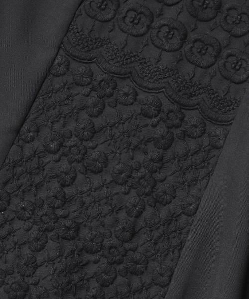 ダイヤと花ボーダー刺繍 ボリュームワンピース