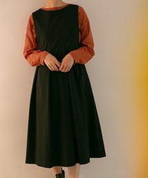 KBF(ケイビーエフ)のBIGプリーツジャンパースカート(ジャンパースカート)