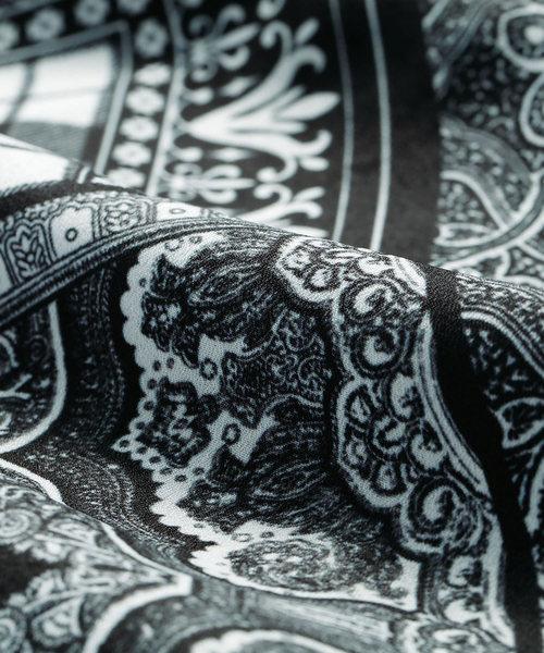 スカーフ柄プリントワンピ