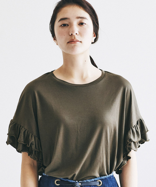 【佐藤かなさんプロデュース】avecmoi 袖フリルTシャツ