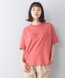 エンボスロゴTシャツ 同色プリント ブランドロゴオレンジ