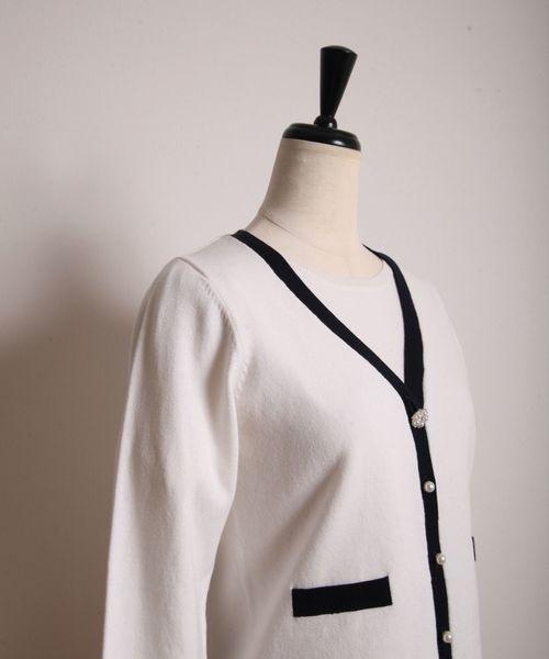 シンプル半袖トップス&パールビジュー釦つき配色カーディガンのアンサンブル