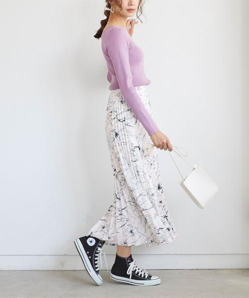 titivate(ティティベイト)の「花柄プリーツロングスカート(スカート)」 ホワイト