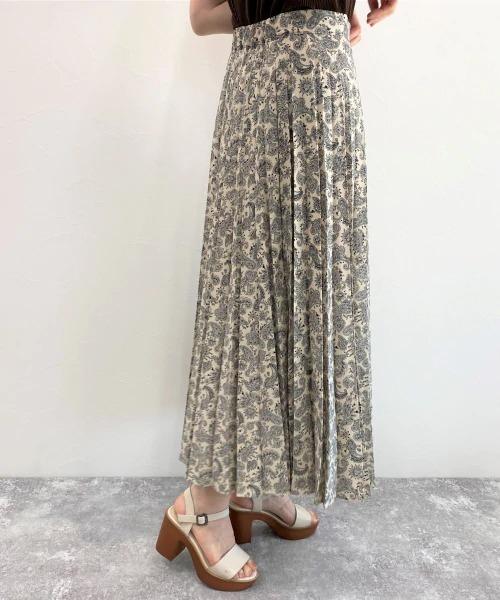 LOWRYS FARM(ローリーズファーム)の「ペイズリープリーツスカート 889140(スカート)」 オフホワイト