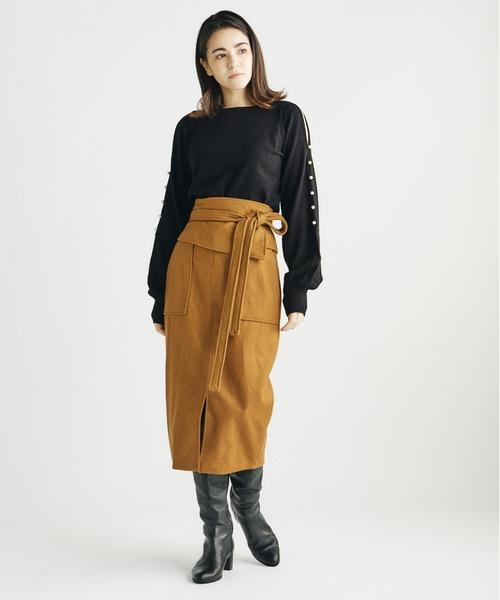 コルセットタイトスカート