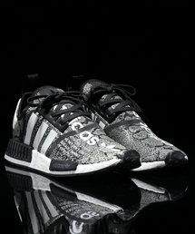 "adidas(アディダス)のadidas NMD_R1 ATMOS ""G-SNAKE"" (CORE BLACK/RUNNING WHITE/RUNNING WHITE) 【SP】(スニーカー)"