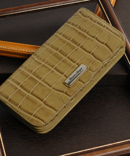 sankyo shokai(サンキョウショウカイ)の「[Louis Ange]牛革レザークロコ型押し長財布(財布)」|ウッド