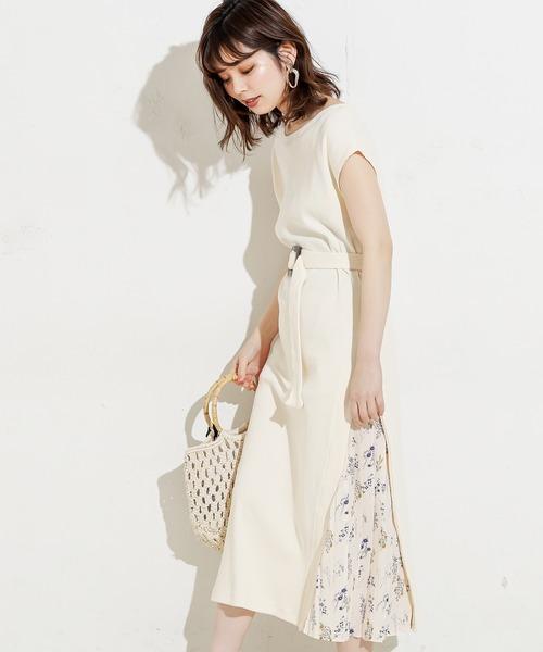 natural couture(ナチュラルクチュール)の「【WEB限定】しっかりリブサイドプリーツワンピ(ワンピース)」|アイボリー