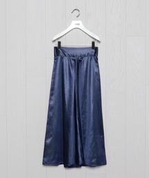 <H>WET SATIN FLARE SKIRT/スカート