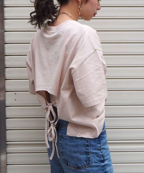 tiptop(ティップトップ)の「バックリボンプルオーバー(Tシャツ/カットソー)」|ベージュ