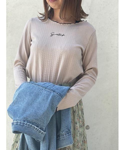 one way(ワンウェイ)の「配色メロー刺繍ロゴ(Tシャツ/カットソー)」|ライトピンク