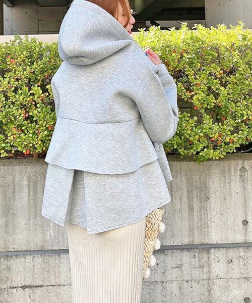 Y M y 【セール】 u(ミュー)のファッション M トップス バックフリルフードジャケット(パーカー)