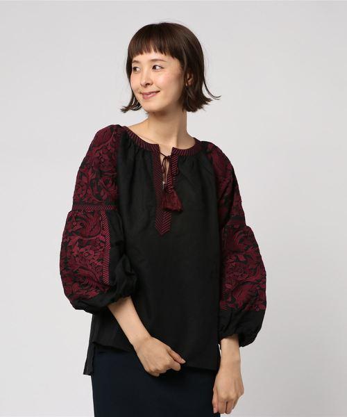 sara mallika サラ マリカ / コットンリネン刺繍ブラウス